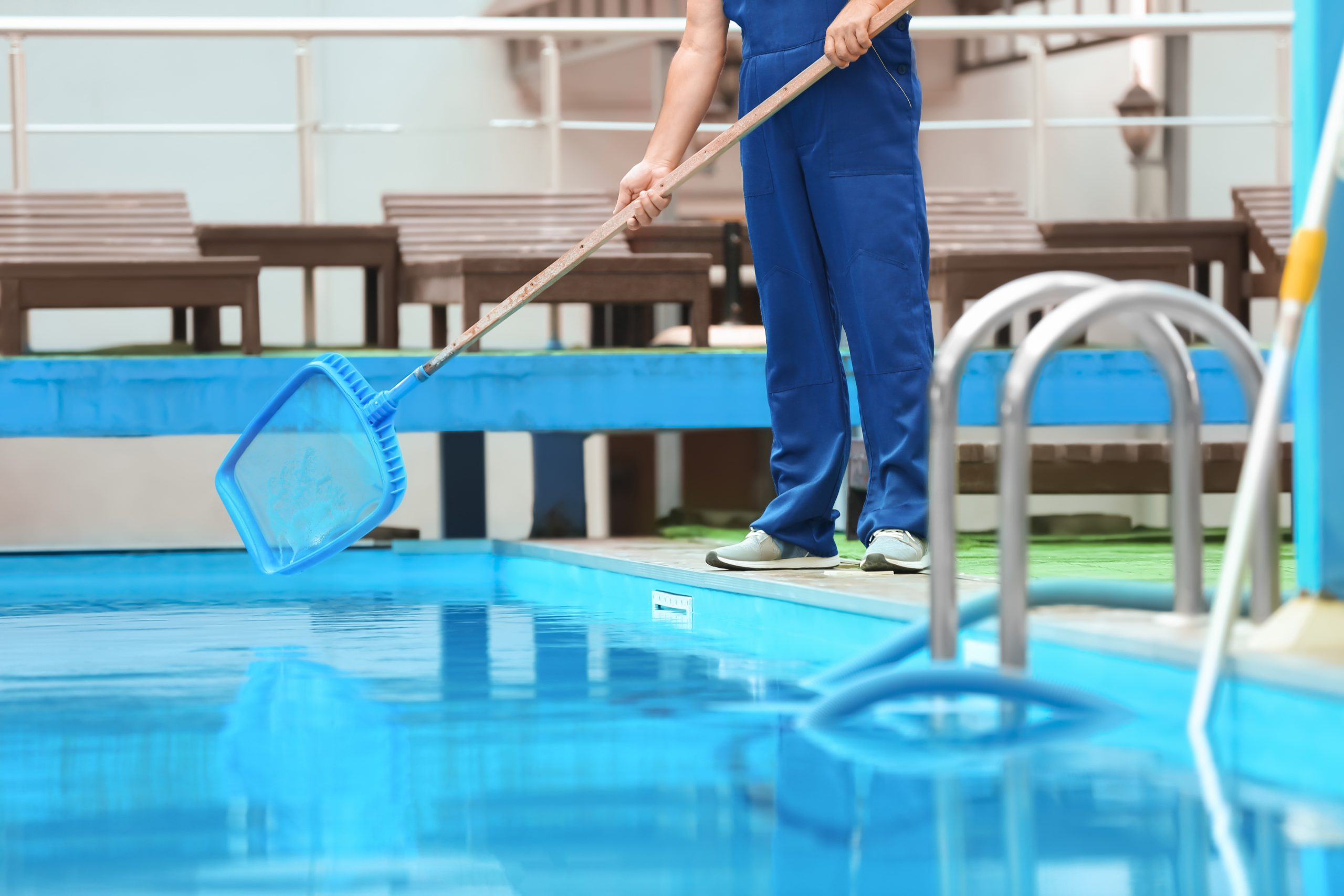 Hiring A Swimming Pool Service: Tips To Consider